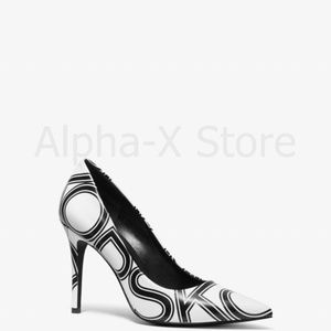 NWT Michael Kors Claire Graphic Logo Leather Pump